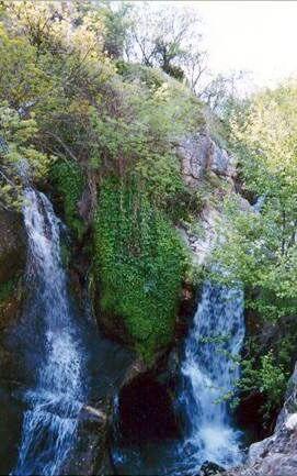 Cascada de agua del Cancho en Navalafuente - Ruta a la Cascada del Cancho en Navalafuente