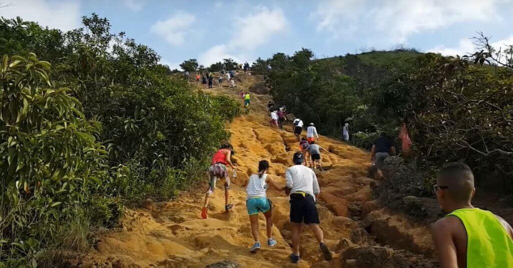 Cerro de las tres cruces Cali Colombia
